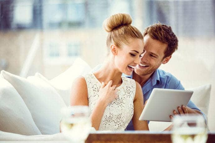 איך לשלב בין זוגיות לעבודה